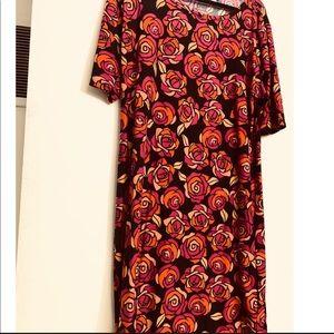 2XL Lularoe SOFT Black with Roses Julia dress!